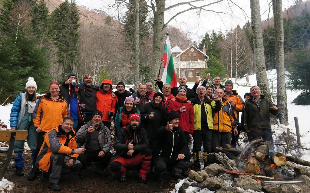 Празникът за Атанасов ден на х. Левски събра над 50 туристи от цялата страна